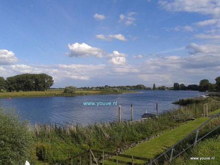 Maas bij Andel