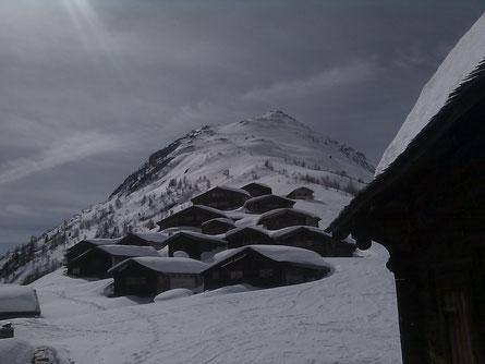 Schneeschuhlaufen Lötschental
