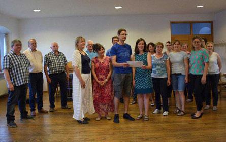 Die Akteure: Chormitglieder und Freunde proben gemeinsam intensiv für den Auftritt im September. Foto: Ingrid Milutinovic
