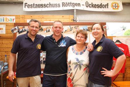 Vorstandsmitglieder des Festausschusses : Stefan Zimmermann, Frank Edelmann, Marliese Schirra, Tanja Koep (von li. nach re.)