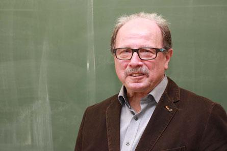 Walter Christian: Nach 38 Jahren Schuldienst kann er sich jetzt mehr um die Familie und seine Hobbys kümmern
