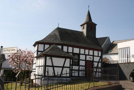 Das Wahrzeichen von Ückesdorf: Die Hubertuskapelle
