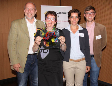 Freuen sich über den Ludwig: Michael Loft, Petra Mellinghoff, Ariane Schaefer, Robert Mellinghoff (v. li. nach re.)
