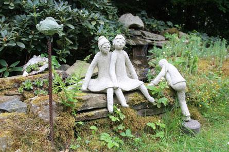 Im Garten der Stiemerling-Wickerts wimmelt es nicht nur vor Pflanzen