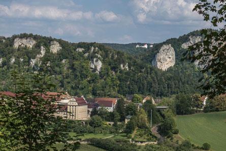 © Traudi - Kloster Beuron, in Hintergrund die Burg Wildenstein
