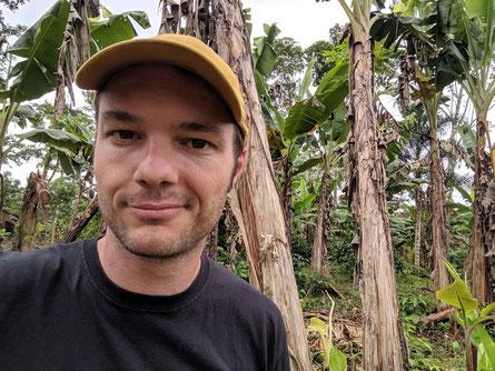 Kaffeeröster auf der Kaffeeplantage im Herkunftsland Ecuador