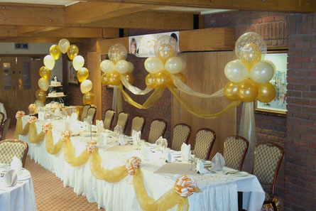 decoracion globos y telas boda civil