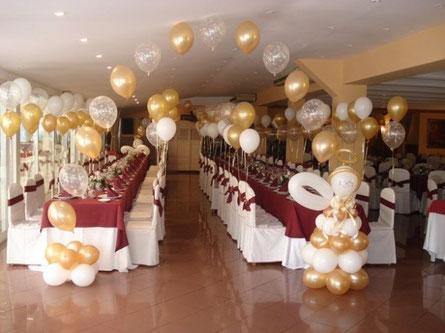 decoración globos bautizo