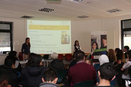 Informationsveranstaltung zur dualen Berufsausbildung für junge Geflüchtete und ihre Eltern