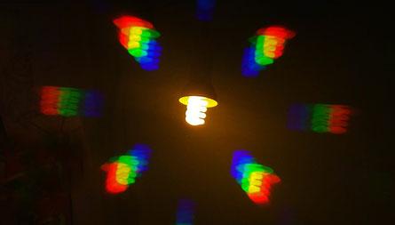 Spectres avec réseau de diffraction ampoule fluocompacte