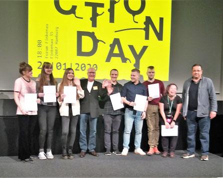 Gewinner des Jugendpreises für Studierende mit Ralf Verdieck und Prof. Peter Kabel