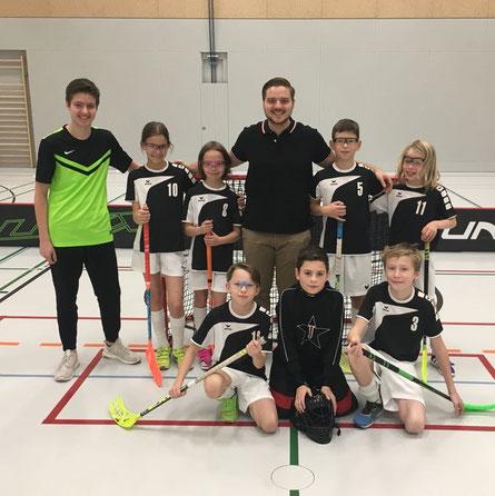Erschöpft aber happy über die ersten Punkte - Mainzer U13 Team