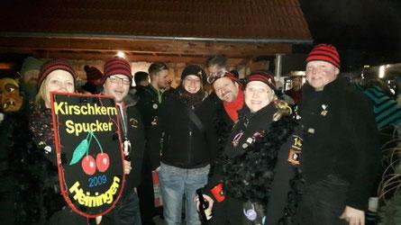 Beim Fackelumzug der Meerbachhexen in Bartenbach