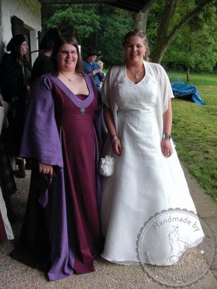 Mittelalterkleid, Mittelaltergewand, Gewandungen