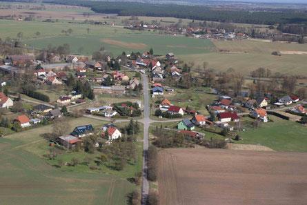 Ernsthof aus der Vogelperspektive - SüdWest in Richtung NordOst