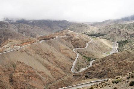 Serpentinen Pass Marokko Tizzi-n-Tischka