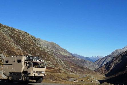 Steyr auf dem St. Gotthard Pass