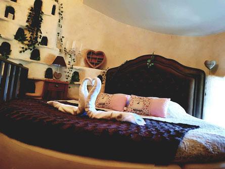 le mas des 5 fontaines gite et chambres d'hôtes à sisteron le pigeonnier provençal
