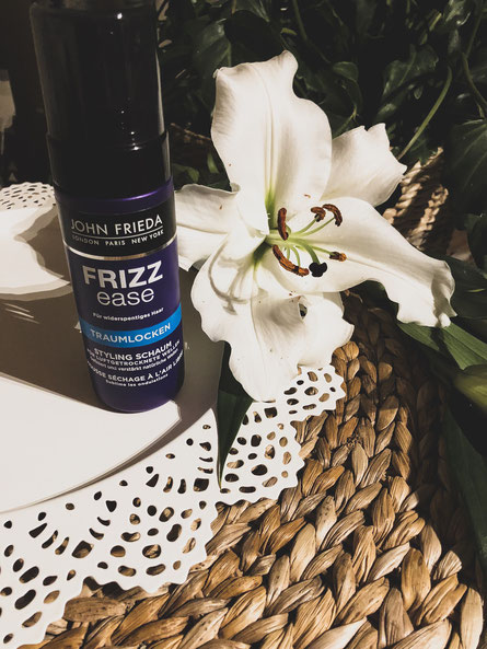 John Frieda Frizz Ease - Traumlocken Styling Schaum