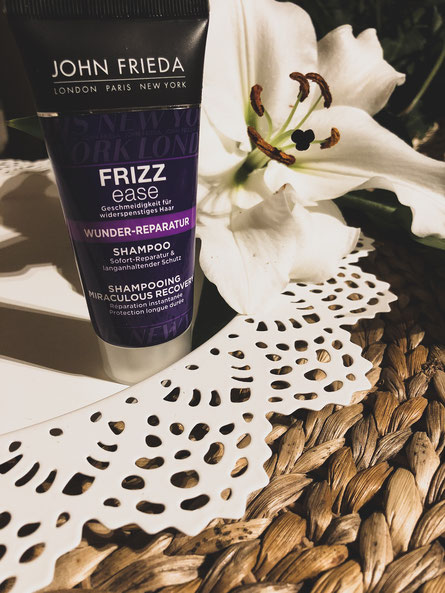 John Frieda Frizz Ease - Traumlocken Shampoo