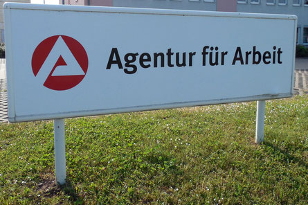 Rechtsanwalt Arbeitslosengeld Berlin Arbeitsagentur