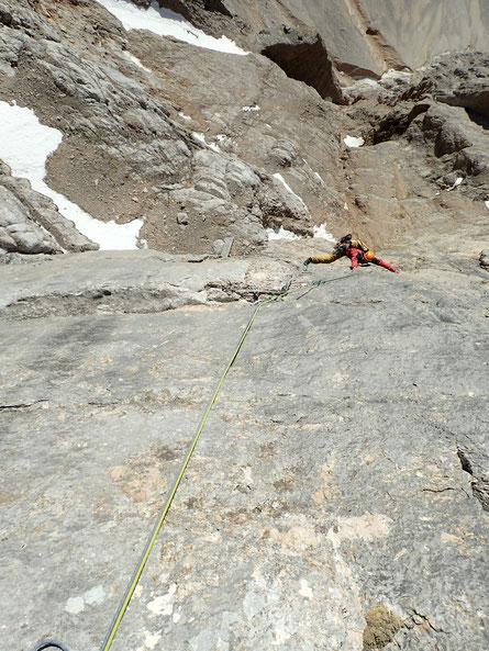 Lukas am Beginn der SSl, die Messnerplatte gut zu sehen