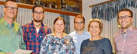 Der Vorstand befindet sich bereits mitten in den Planungen für die Jubiläumsfeier zum 50-jährigen Bestehen des Eintrachrt Brual. Das Bild zeigt (v.l.) Hermann Dickebohm, Thomas Rave, Vanessa Telgen, Johannes Kirchner, Roswitha Janssen und Thomas Kirchner.
