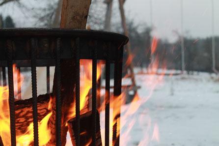 Garten: Feuerschalen und Grillbedarf