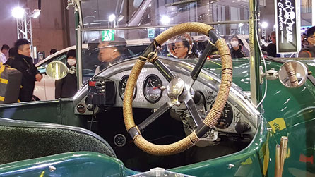 ベントレー・3リットル・スピード 東京オートサロンにて展示