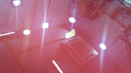 ケイマンSのボンネットの磨き後の艶 埼玉の車磨き専門店 車の傷改善 ワインレッドのポルシェ