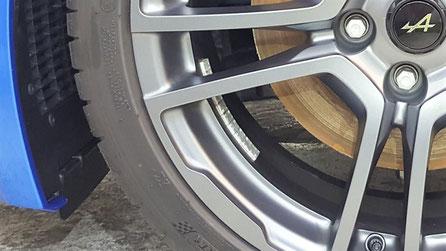 アルピーヌ・A110Sのホイール洗浄 埼玉の車磨き専門店・アートディテール