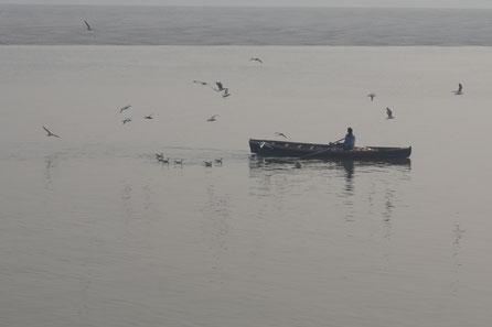 Boot, Ganges, Freiheit, Einsamkeit, Vögel, existenziell