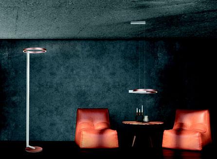 Die Midnight Stehlampe in Rose Alu und das passende Pendel