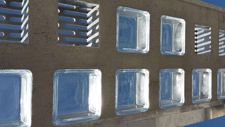 Beton Fertigteile Stahlglasbeton Decke Element Lichtschachtabdeckung Beton Læser Konkrete Briller Concrete Glass Bril Betong Betoni Lasit Glas Glass Bricks Pavers Fertigelement Betongläser Glassteindecke glasbausteine-center glasbausteine-center.de
