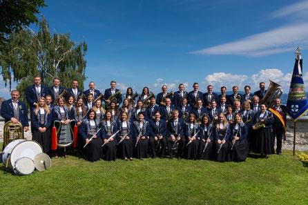 Gruppenbild des Musikverein Dingelsdorf am Bodensee Ufer