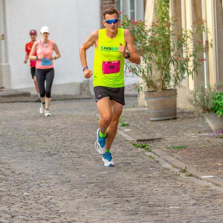 Der Triathlet und Leader in der Zwischenwertung, Dominique Meier.
