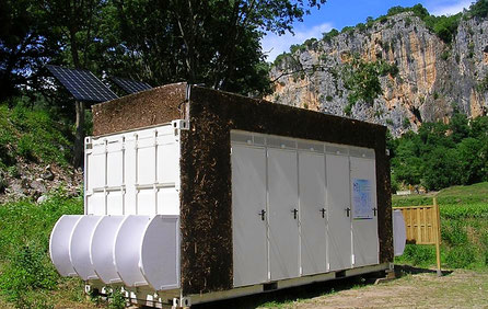 Ecosec komposttoilette im Container Bostia