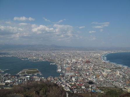 15:50 昼の函館山からの風景も最高じゃないか!