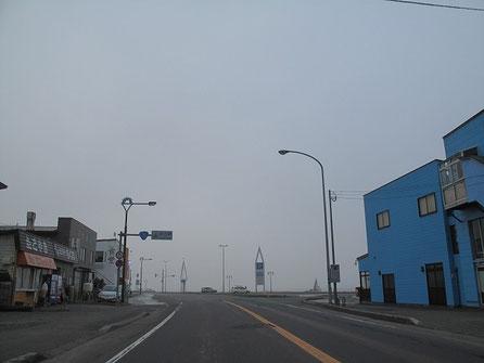 6:14  宗谷岬が見えてきた。寒い!