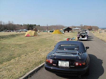 オートキャンプ場ではないのにそれに近い設営が可能。