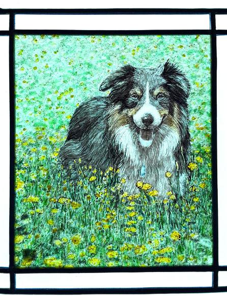Glasmalerei nach dem Foto eines Haustiers