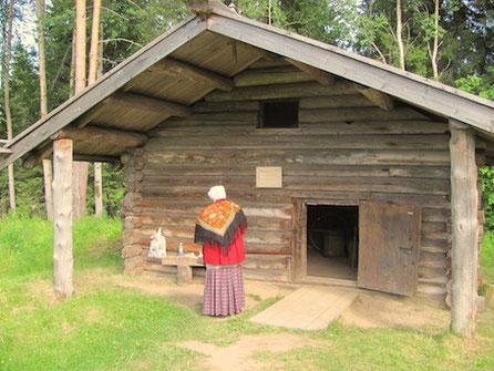 Hütte eines Schmieds im Malye Korely, Sektor nördliche Dwina