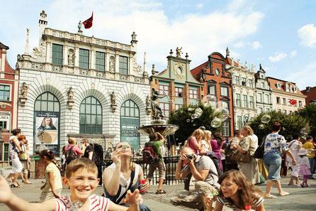 Gdansk top things to do - Artus' Court - Copyright  murray muraskin