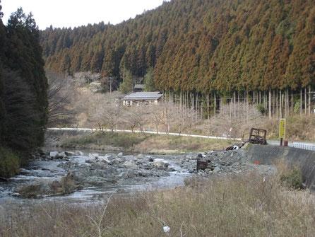 シーズン前、3月の入遠野川です
