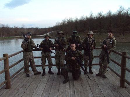Alcuni operatori sul pontile
