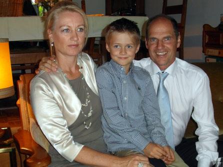 Glücklich mit seiner Familie