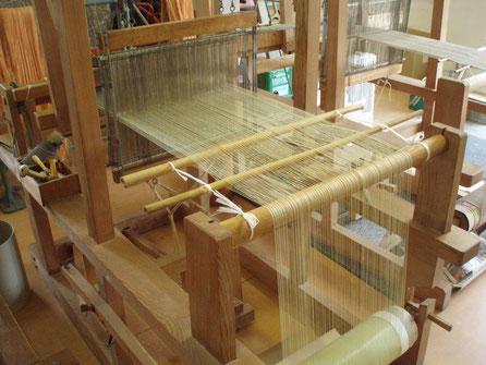 下山縫製の手機織機