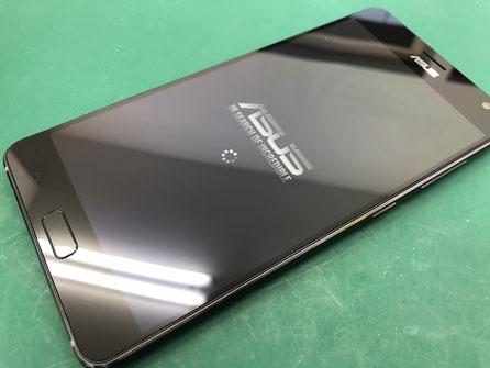 ZenfoneAR ZS571KLの画面の交換修理