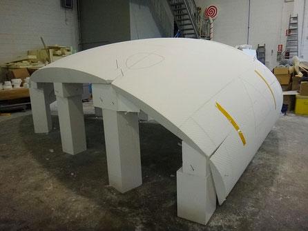 Cúpula, sección de una cúpula para la construccion de un techo de fibra de vidrio (Forma de Seta Gigante)