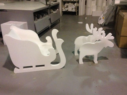 Trineo tirado por renos, para escaparates
